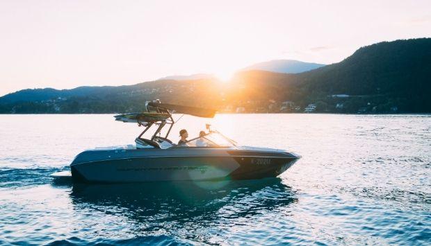 Boat Staging - Azur Boat Import Saint Raphael